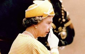 queen picking nose
